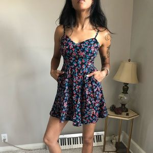 90s black floral Express Mini Sundress cute xs
